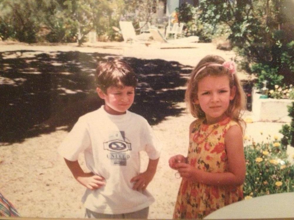 Nathalia Ramos and brother as kids - learn English